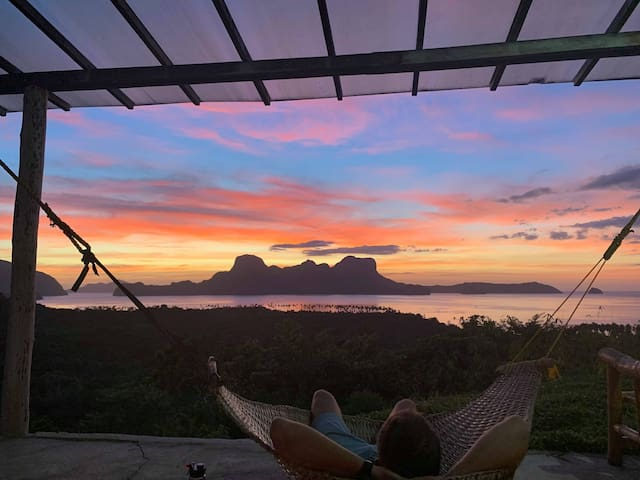 The View : The Perfect Sunset Villa Retreat + Chef