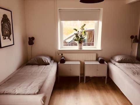 Lovely room (2) in big house 10 min Køge/Roskilde