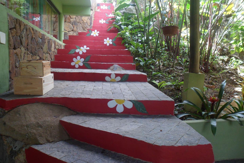 Escada que leva ao chalé