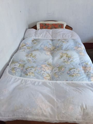 Prasad Guest House (Room004 No Ac) FREE WiFi 24Hrs - Gaya - Appartement