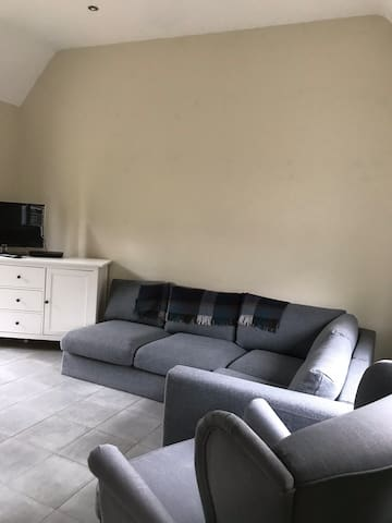 Newly Renovated Entire 3-Bed / 2-Bath