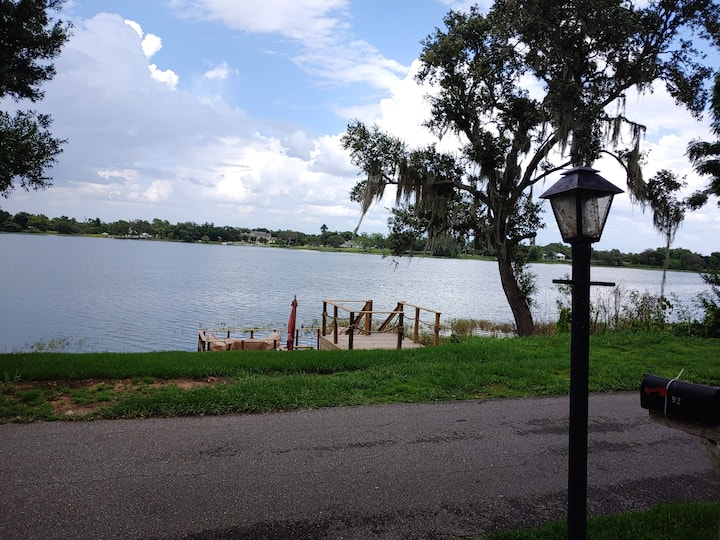 Enjoy the Breathtaking Views of Lake Byrd