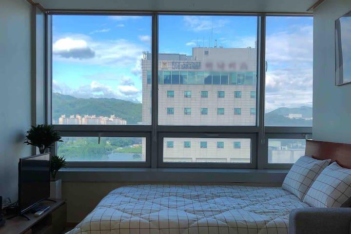 인덕원역, 1분거리 *탁트인 과천뷰* 대중교통이 매우 좋아 살고 싶은 깨끗한 고층 새 집!