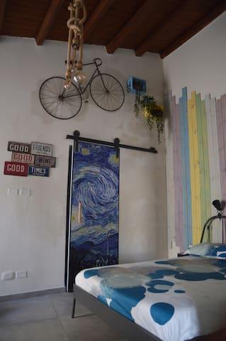 Stanza matrimoniale Van Gogh