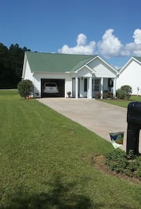 Peaceful and Pleasant - Moultrie - Casa