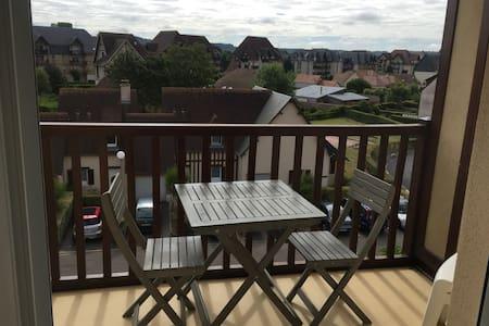 2 pièces accès direct à la mer - Cabourg - Apartment