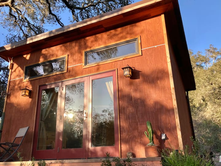 Hoppy Horse Farm Yoga Studio