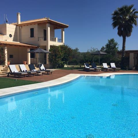 Luxurious Villa Metoxi with Cabana and Pool - Anatoliki Attiki - Villa