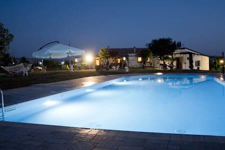 Villa Lancellotti - Irsina - アパート