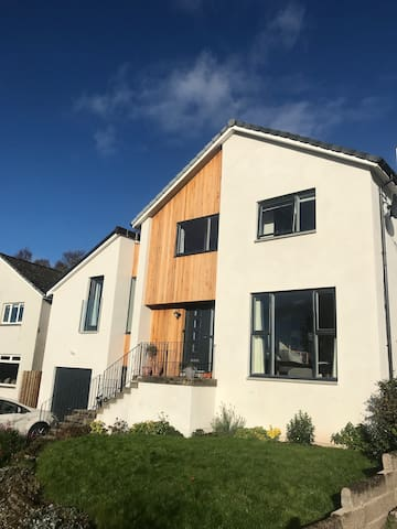 Contemporary Luxury House Dunblane