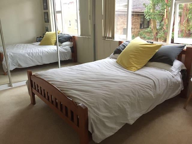 1 Bedroom apartment - Cremorne - Apartment