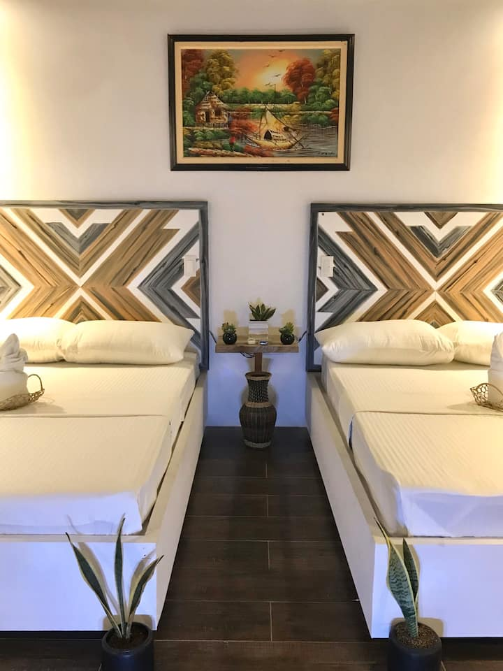 Payag Suites Guiwan Beachfront Property GL