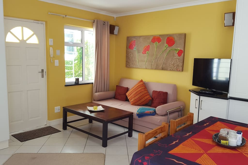 Cottage Chardonnay - Lounge with Sleeper-Couch and Smart-TV