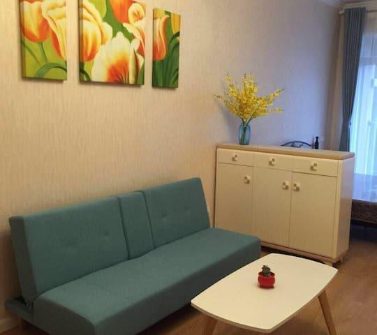 旅途遇到家,住进家一样的整洁房间,温馨舒适,让心灵去旅行……