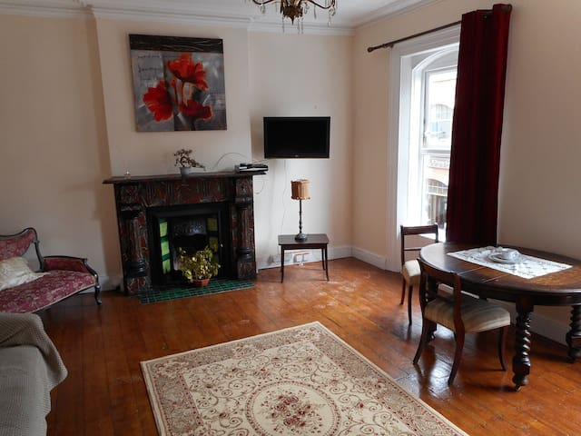 Charming apartment in the heart of Wexford Town.