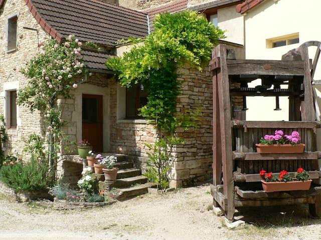 Gîte La Petite Maison, en Vallée des Vaux