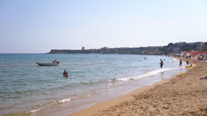 Appartamento sulla spiaggia grande di Capo Rizzuto