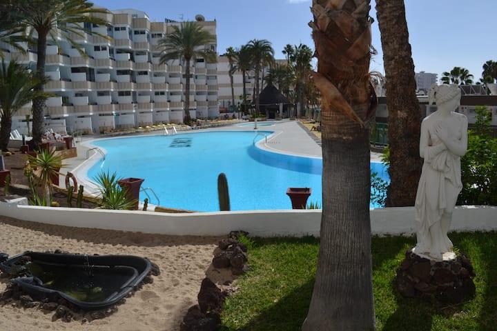 Azul Loft Deluxe - central in Playa del Inglés