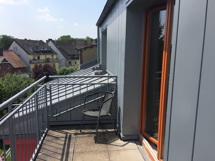 Sonniges 1-Raum Apartment mit Dachterrasse