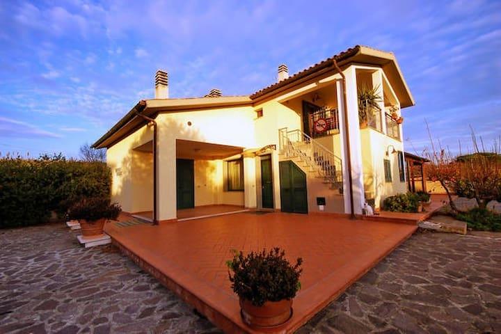 villa-piscina-Grosseto Castiglione della Pescaia - Grosseto - Villa