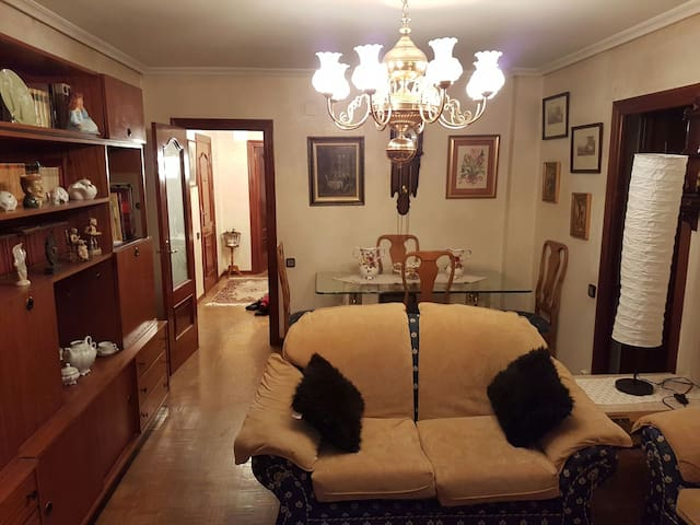 Vivienda familiar cerca del centro - Valladolid - Casa