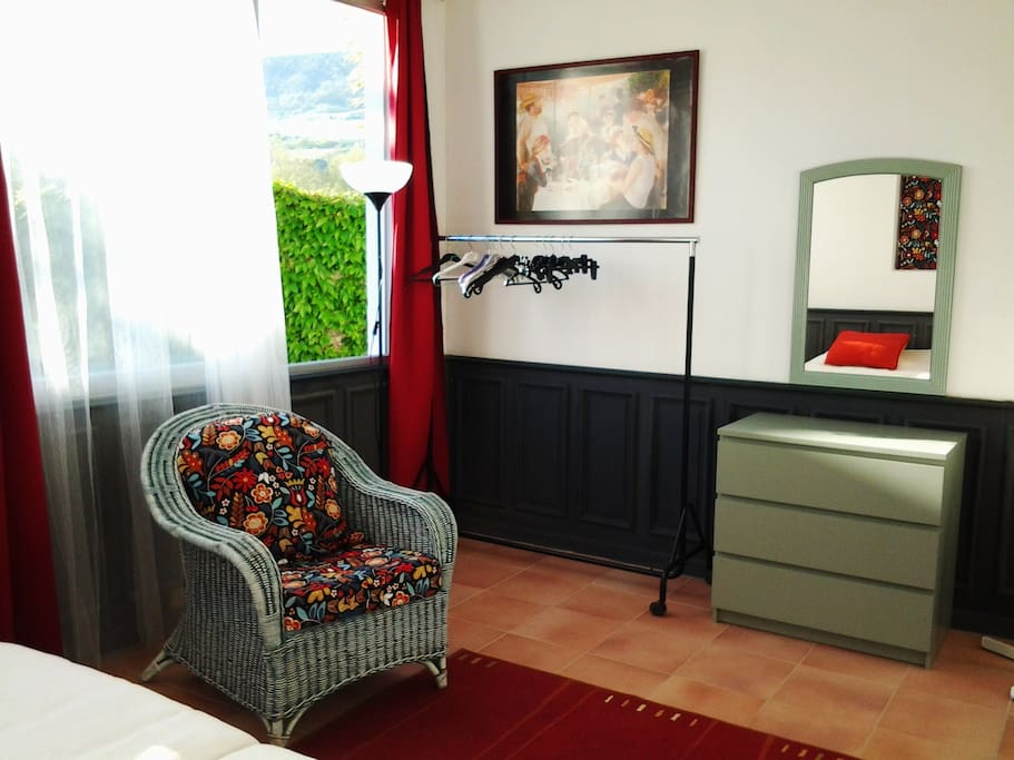 la ganterie 2 proche cv avec jardin appartements louer millau languedoc roussillon. Black Bedroom Furniture Sets. Home Design Ideas