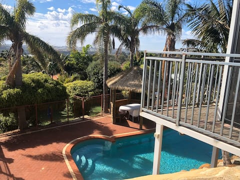 Lakeview Retreat     Pool & Breakfast Guesthouse
