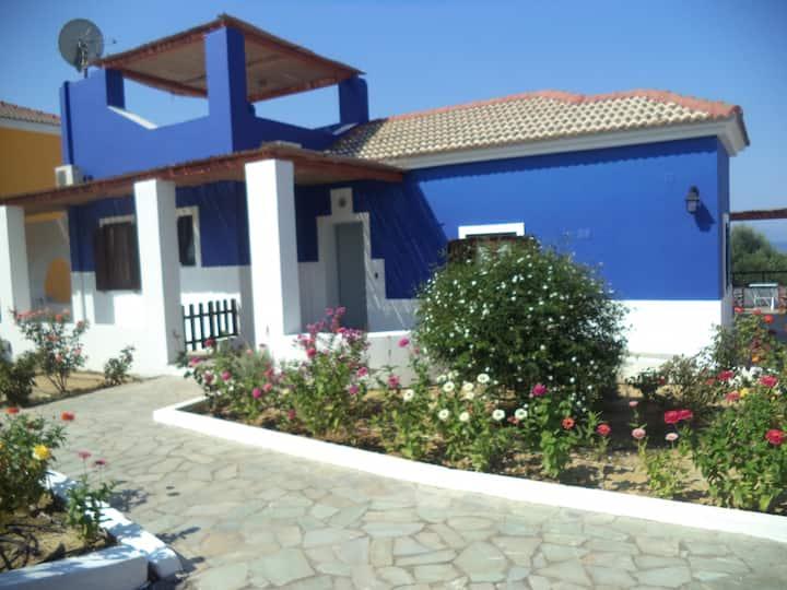YRMINI (gr. floor blue lilac villa)