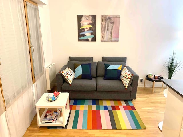 Cosy 1 bedroom flat, 10 minutes to La Défense