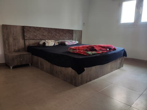 spacious furnished apartment in Benghazi