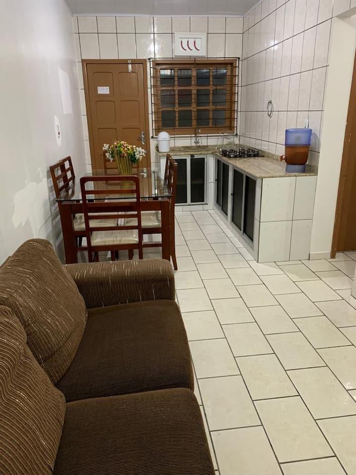Casa a 80m da praia no Bal. Caravelas, Matinhos/PR