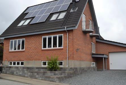 Central beliggende hus - Hadsund