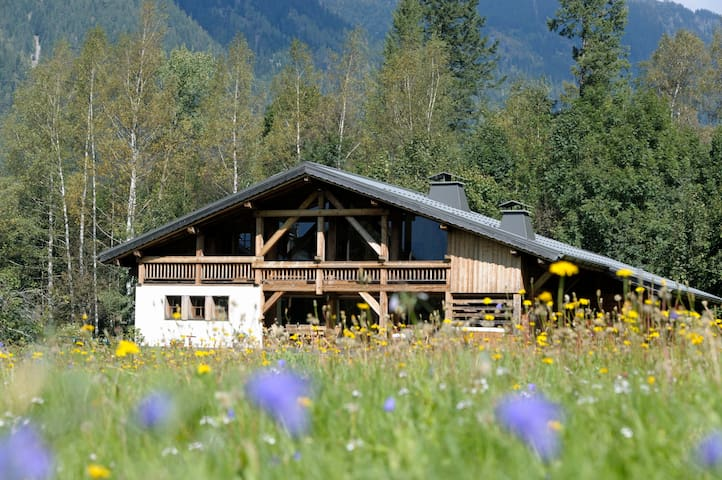 Chalet Valhalla Bed & Breakfast twin/double room