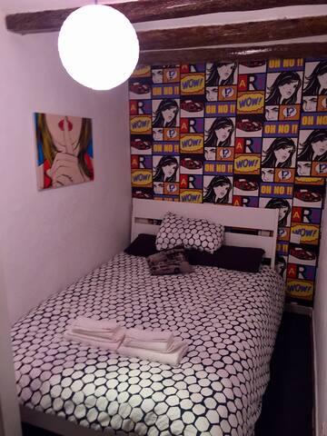 CONFORTABLE APARTAMENTO CENTRICO - Barcelona - Apartmen
