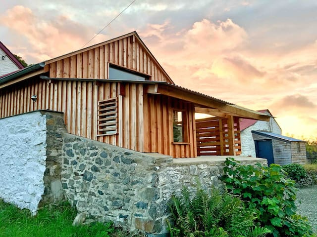 The Pig Let, cosy converted pigsty nr. Aberaeron