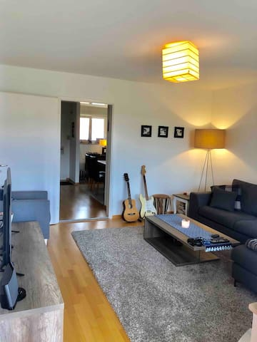 Private & Spacious 2.5 Room Apartment in Zürich