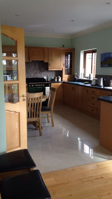 Bright and spacious fully equipped kitchen