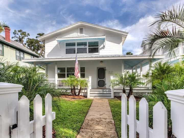 Beautiful Retreat in the ❤️ of Downtown Mount Dora