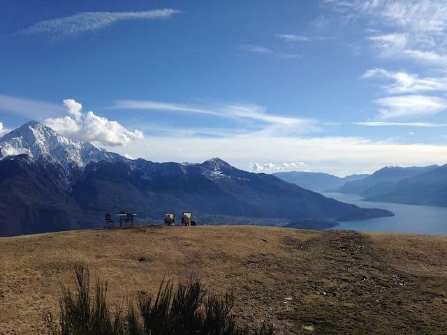 B.d.V. - Camera (No. 2)  Vista Lago e Montagna