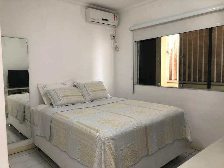 Apartamento acolhedor no Centro de Porto Seguro.