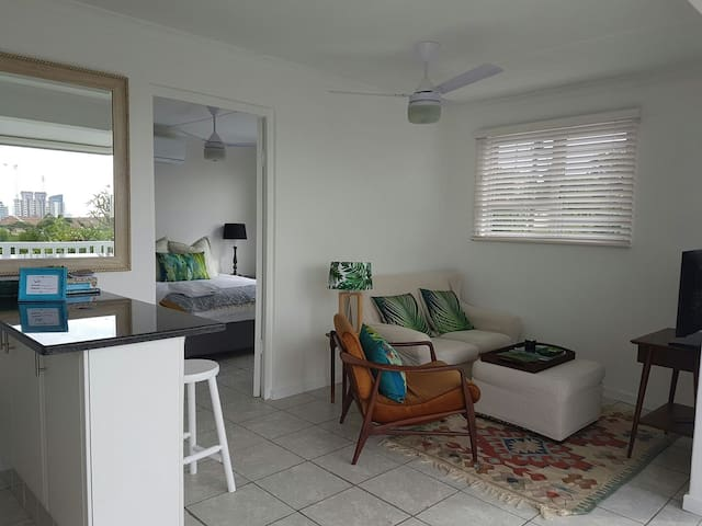 Sea view self catering apartment! - Umhlanga