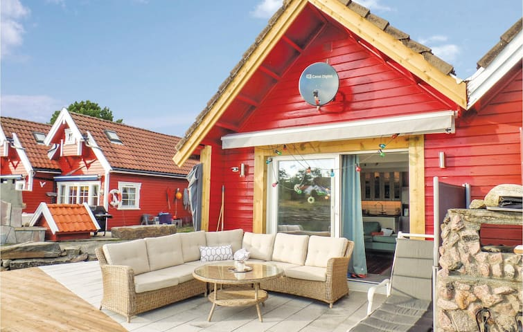 Holiday cottage with 1 bedroom on 50m² in Søgne