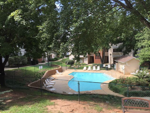 Two Bed Condo by Furman University - Greenville - Wohnung