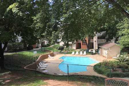 Two Bed Condo by Furman University - Greenville