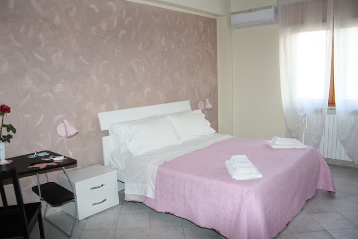 Camera Tripla-  Salerno Amalfi coast - baronissi - Bed & Breakfast