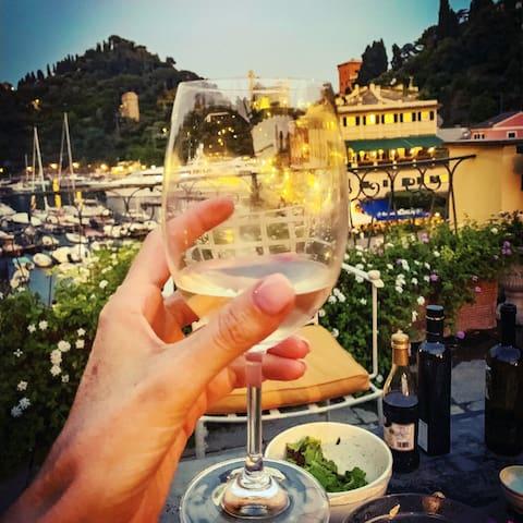 Portofino Rooftop - Stunning Views & La Dolce Vita