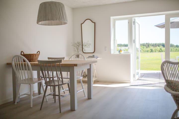 Lustrup Farmhouse Apartment 5A, 65 m2