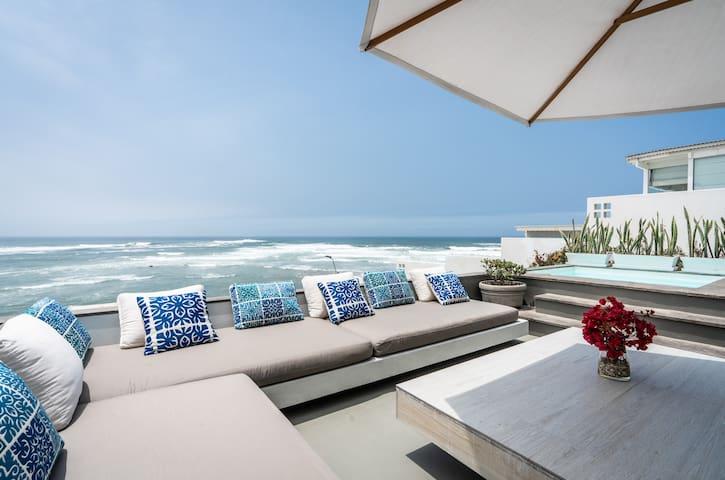 Stunning Ocean View Duplex House, Surf Paradise