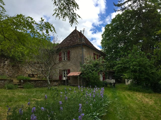 Freycinet Cottage at the Château de Saint Dau