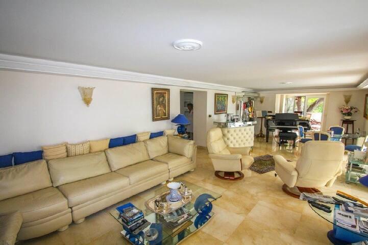 Belle Villa à Cap d'Ail